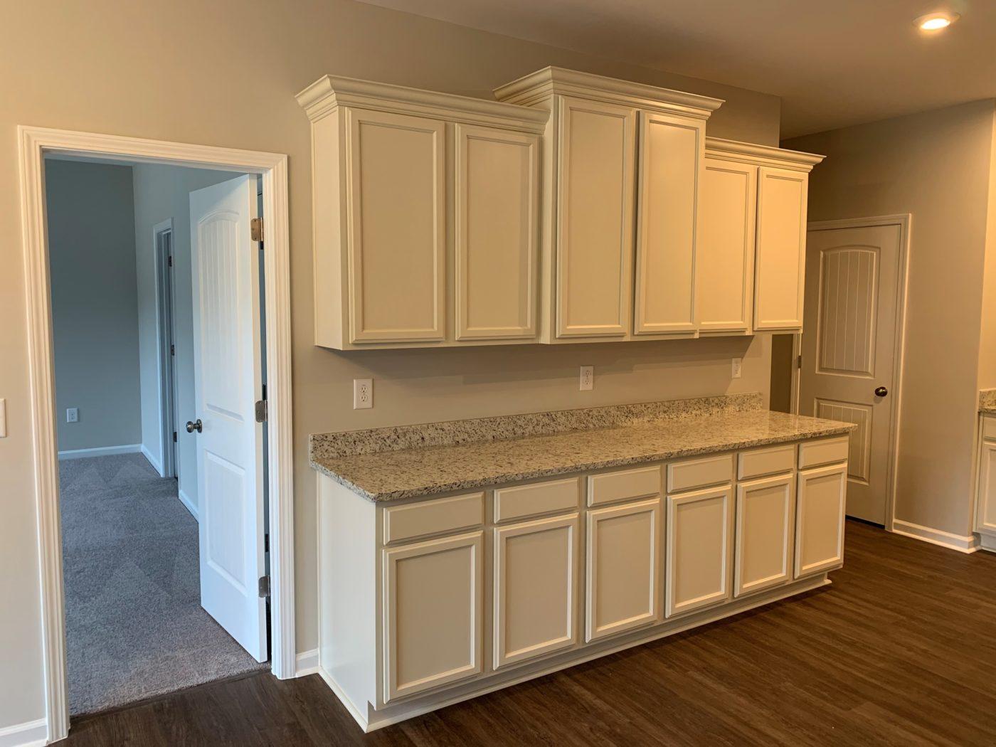 Kitchen Cabinets Raleigh Traditional Brunswick Linen Crown Bar Granite