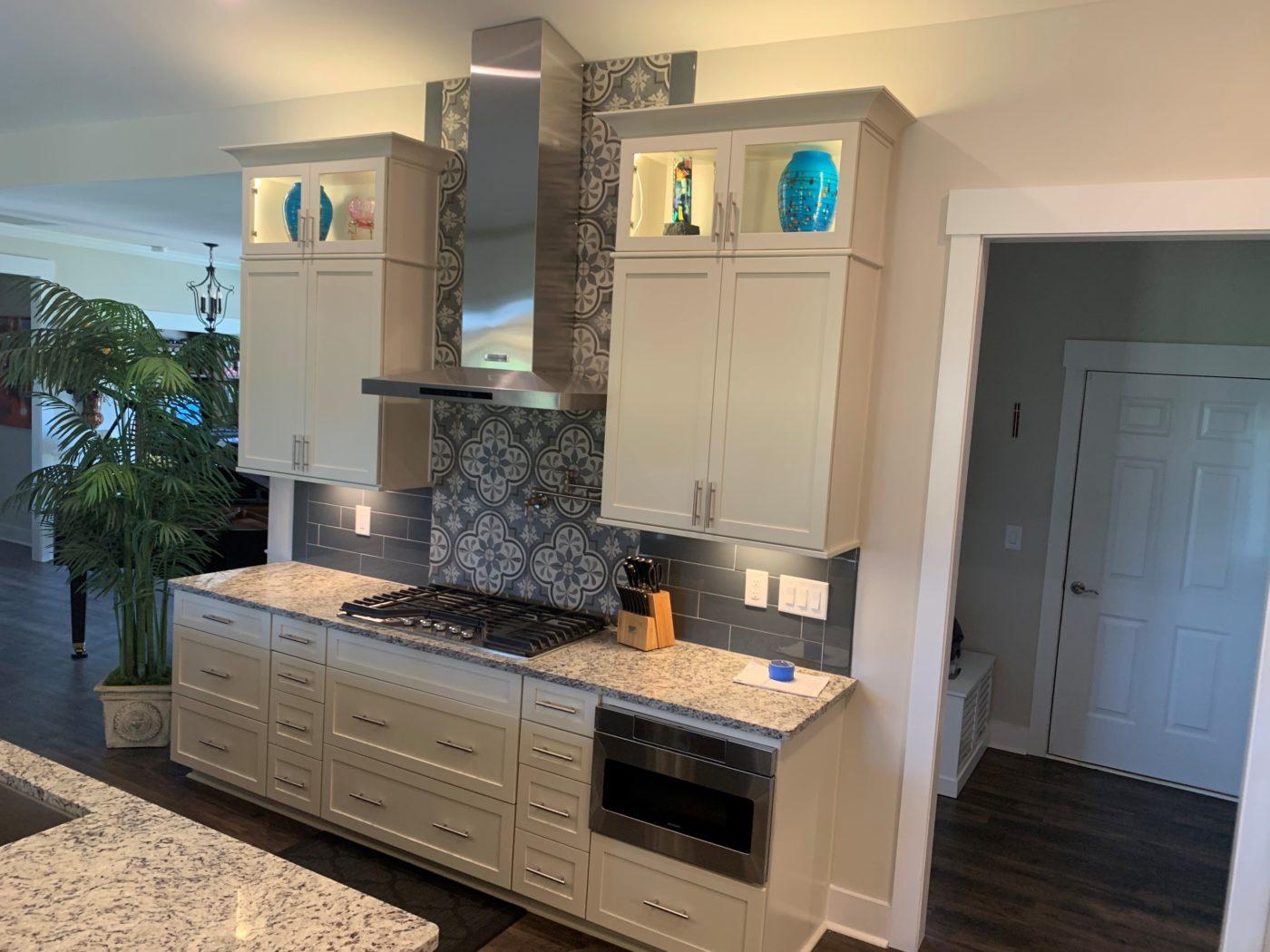 Kitchen Cabinets Raleigh Transitional Contemporary Savannah1 Glass Granite Hardware